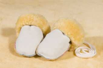 Baby Lambskin Gloves  